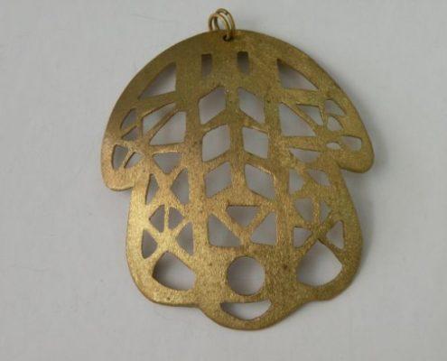חמשה בתערובת זהב בעבודת ניסור (גלית ק.)
