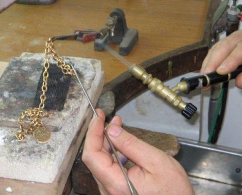 הוספת חולייה בשרשרת זהב